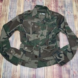 Younique cropped Army jacket size small